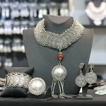 Why Is It Beneficial To Buy Jewelry Online?
